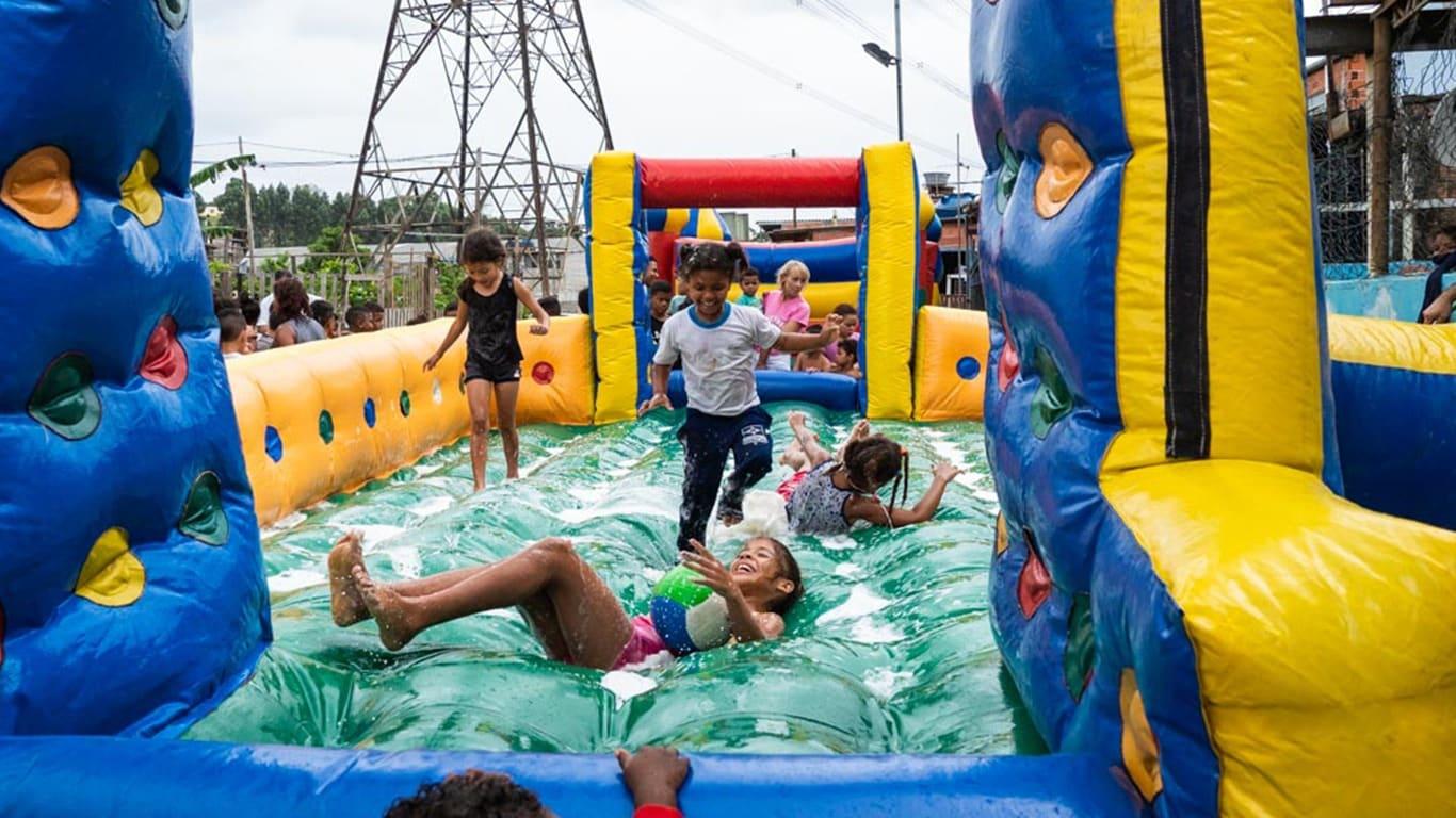 Spelende kinderen in Brazilië